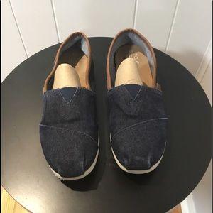 Toms Dark Denim Canvas Slip-On Shoes